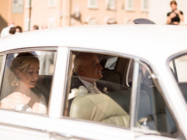 Il matrimonio di Davide e Paola a Castelnuovo Bocca d'Adda, Lodi 30