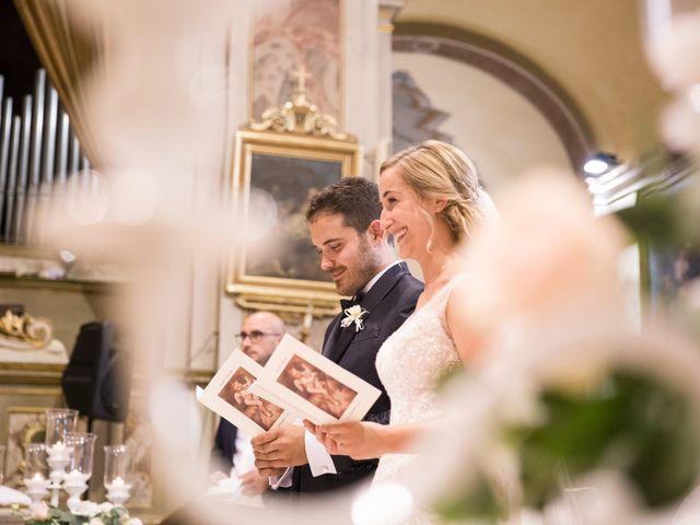 Il matrimonio di Davide e Paola a Castelnuovo Bocca d'Adda, Lodi 42