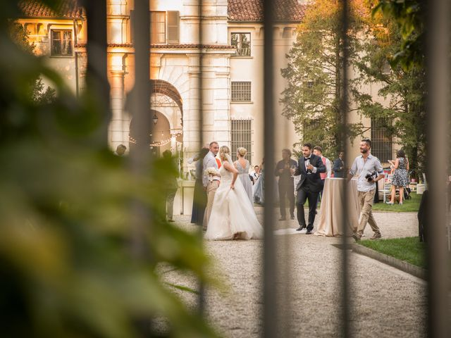 Il matrimonio di Davide e Paola a Castelnuovo Bocca d'Adda, Lodi 98