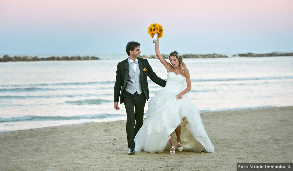 Il matrimonio di Massimiliano e Giulia a Grottammare, Ascoli Piceno
