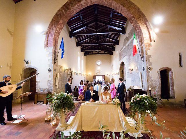 Il matrimonio di Massimo e Valentina a Montepescali , Grosseto 9