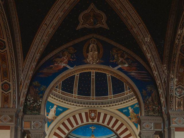Il matrimonio di Mirko e Laura a Cortona, Arezzo 32