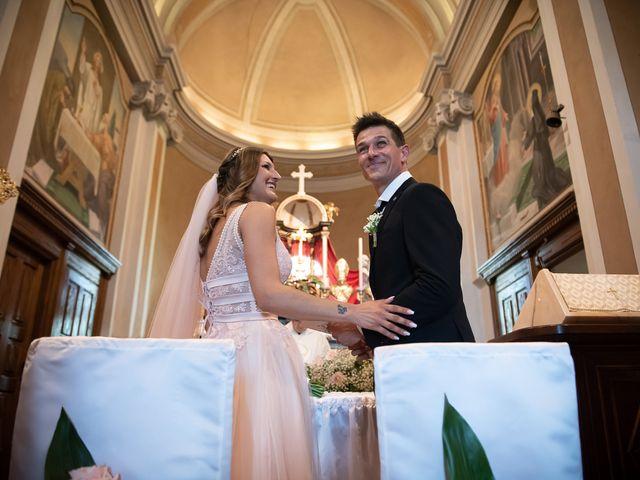 Il matrimonio di Simone e Chiara a Pombia, Novara 17