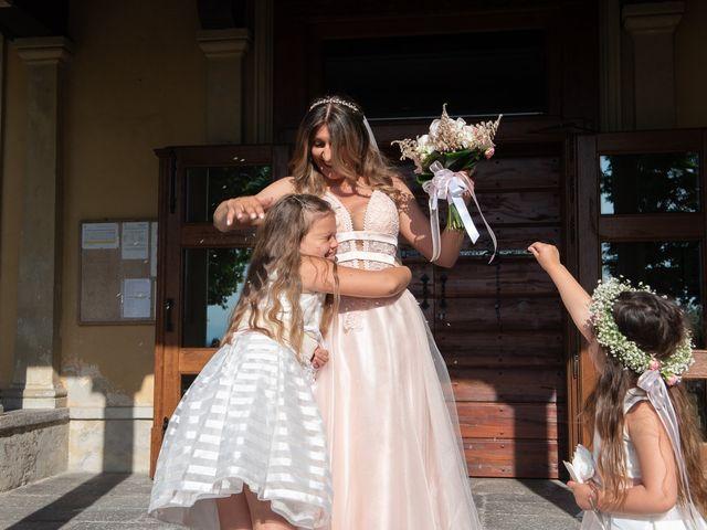 Il matrimonio di Simone e Chiara a Pombia, Novara 22