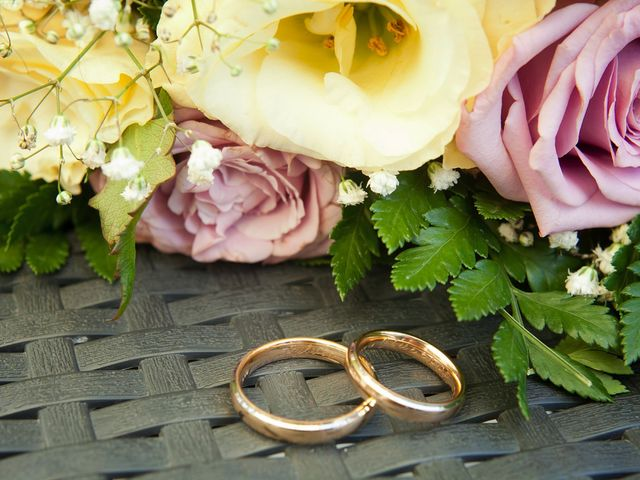 Il matrimonio di Giuseppe e Sylvia a Buscate, Milano 1