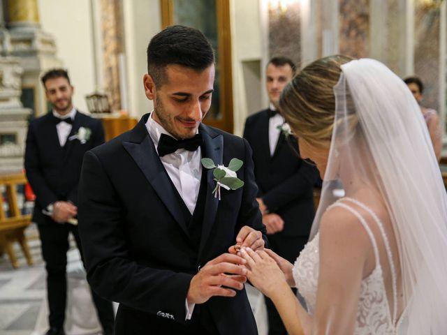 Il matrimonio di Fabiana e Dario a Manduria, Taranto 30