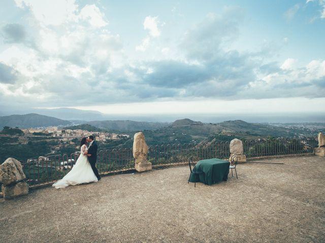 Il matrimonio di Walter e Daniela a Barcellona Pozzo di Gotto, Messina 20