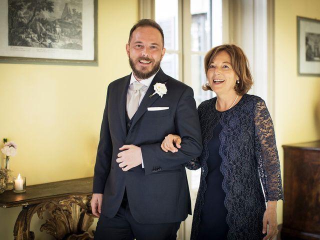 Il matrimonio di Emiliano e Loredana a Casatenovo, Lecco 28
