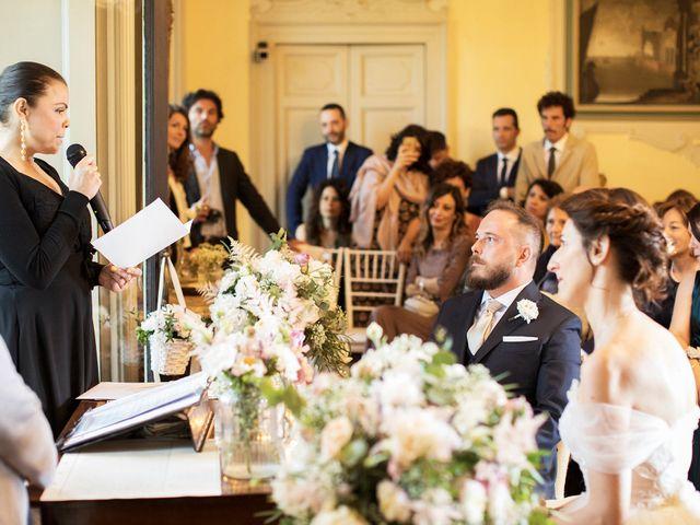 Il matrimonio di Emiliano e Loredana a Casatenovo, Lecco 40