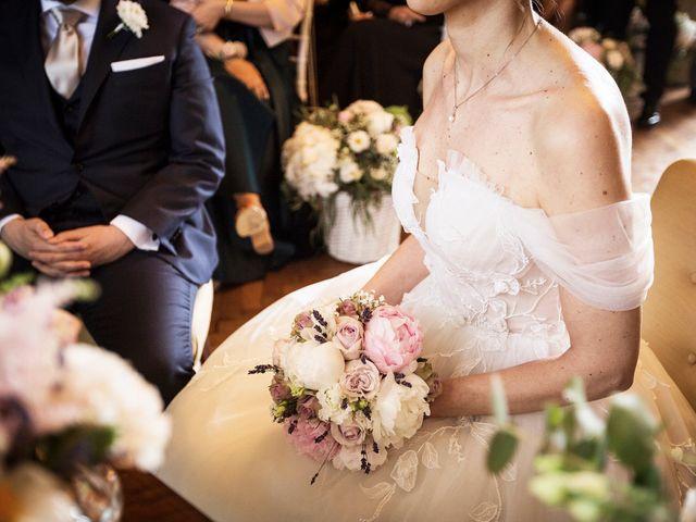Il matrimonio di Emiliano e Loredana a Casatenovo, Lecco 44