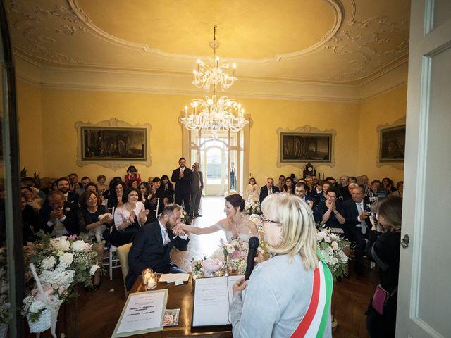 Il matrimonio di Emiliano e Loredana a Casatenovo, Lecco 45