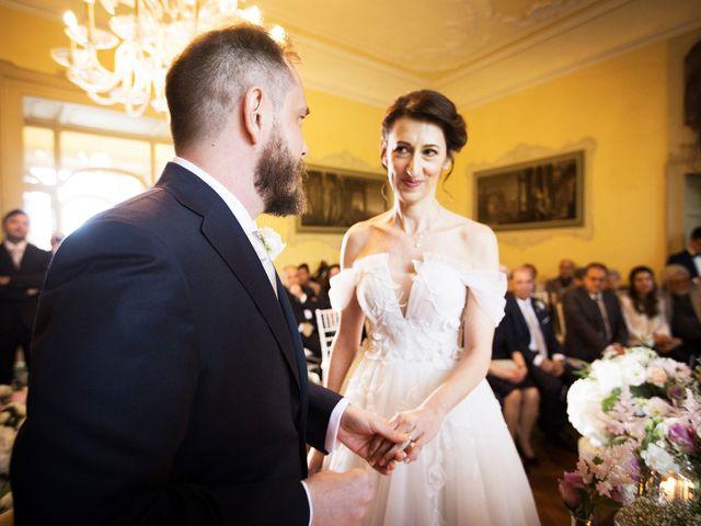 Il matrimonio di Emiliano e Loredana a Casatenovo, Lecco 47
