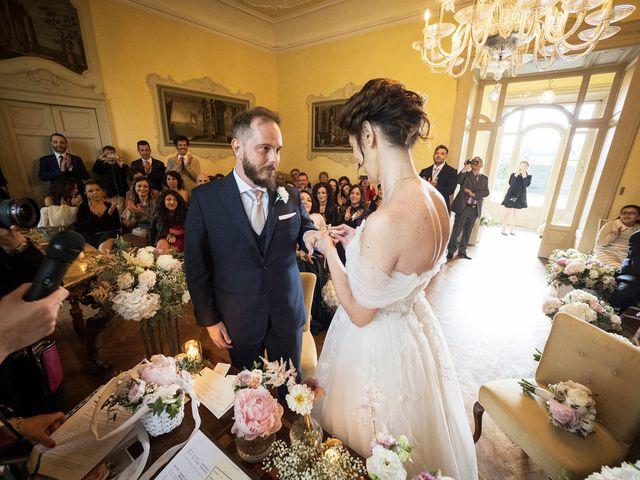 Il matrimonio di Emiliano e Loredana a Casatenovo, Lecco 48