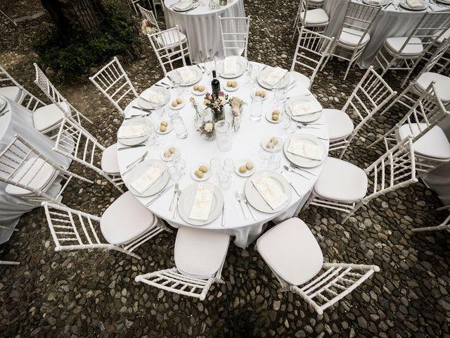 Il matrimonio di Emiliano e Loredana a Casatenovo, Lecco 55