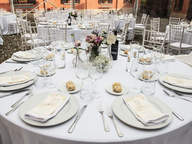Il matrimonio di Emiliano e Loredana a Casatenovo, Lecco 56