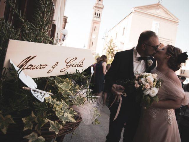 Il matrimonio di Giulio e Maura a Cavarzere, Venezia 2