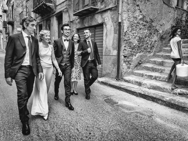 Il matrimonio di Manuela e Marco a Caltanissetta, Caltanissetta 20