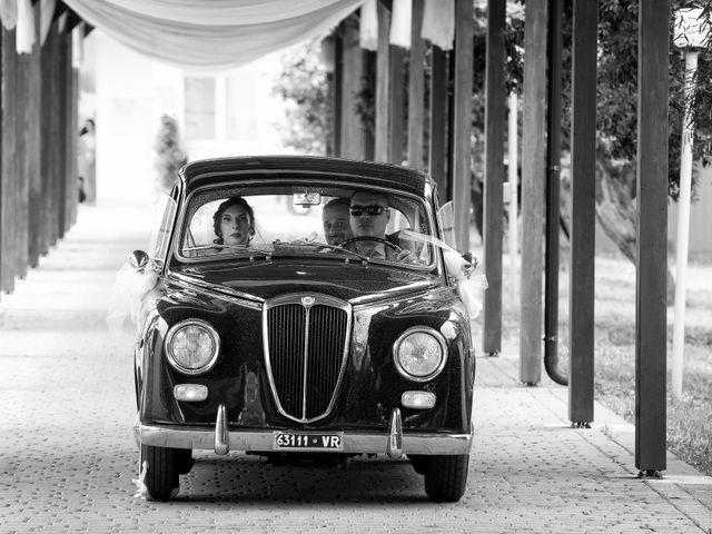 Il matrimonio di Simona e Pietro a Montenero di Bisaccia, Campobasso 14