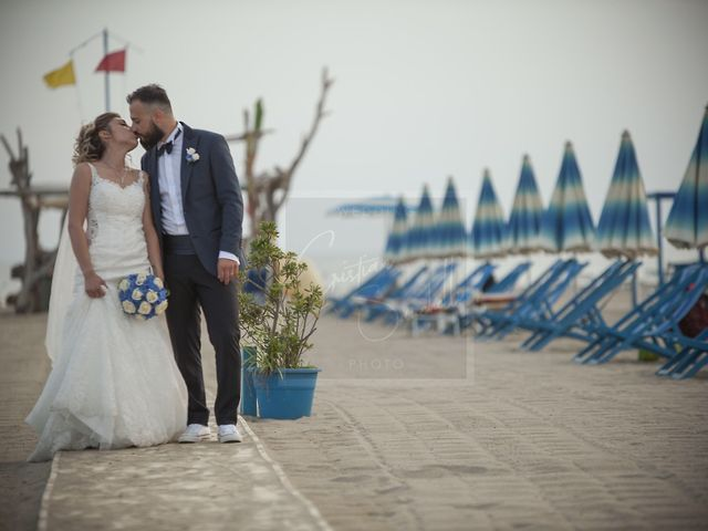 Il matrimonio di Denny e Alice a Viareggio, Lucca 18