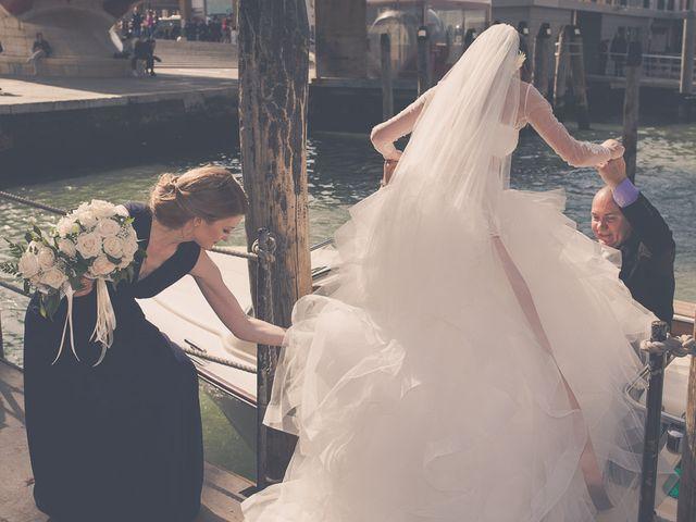 Il matrimonio di Mattia e Julia a Venezia, Venezia 16