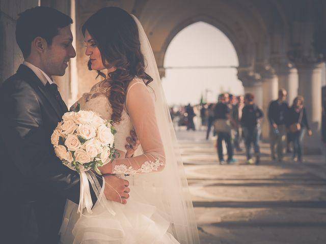 Il matrimonio di Mattia e Julia a Venezia, Venezia 27