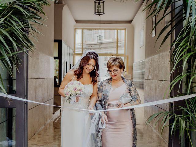 Il matrimonio di Gianluigi e Daniela a Napoli, Napoli 19