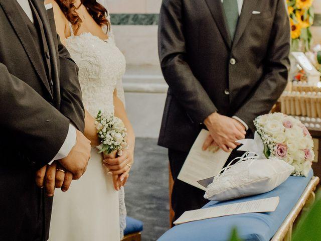 Il matrimonio di Gianluigi e Daniela a Napoli, Napoli 25
