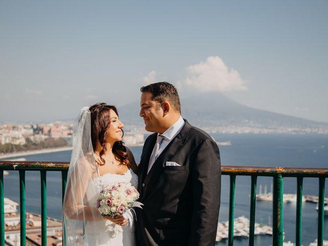 Il matrimonio di Gianluigi e Daniela a Napoli, Napoli 29