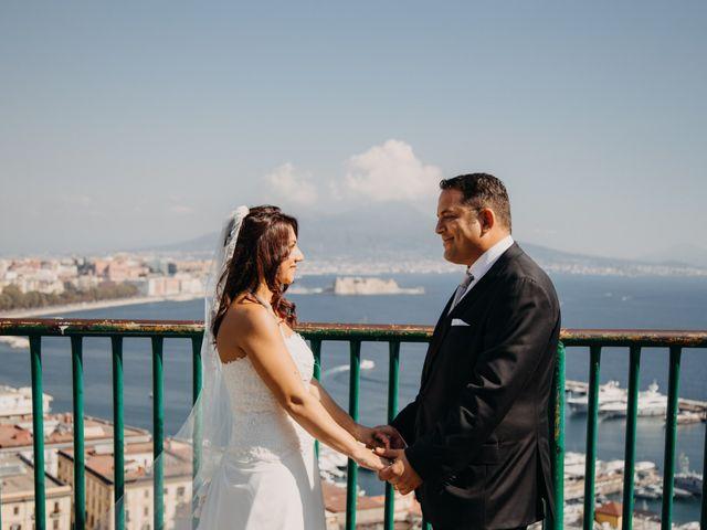 Il matrimonio di Gianluigi e Daniela a Napoli, Napoli 30