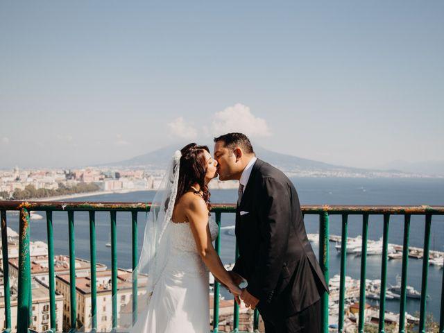 Il matrimonio di Gianluigi e Daniela a Napoli, Napoli 31