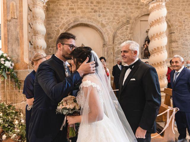 Il matrimonio di Giuseppe e Adriana a Assoro, Enna 21
