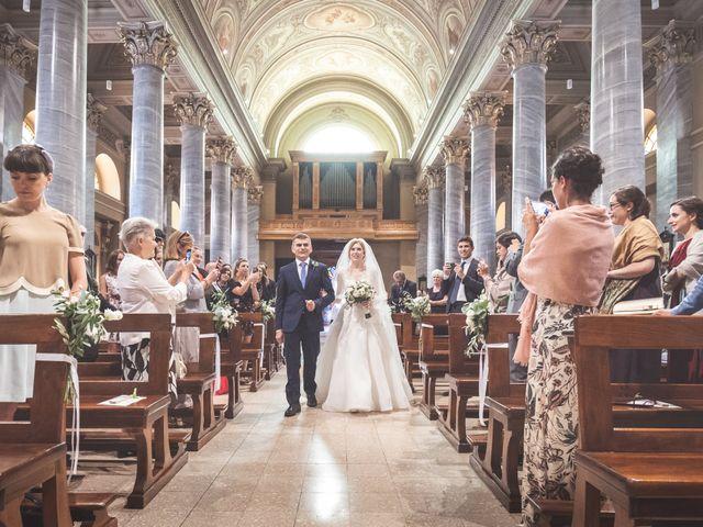 Il matrimonio di Massi e Elena a Brugherio, Monza e Brianza 19