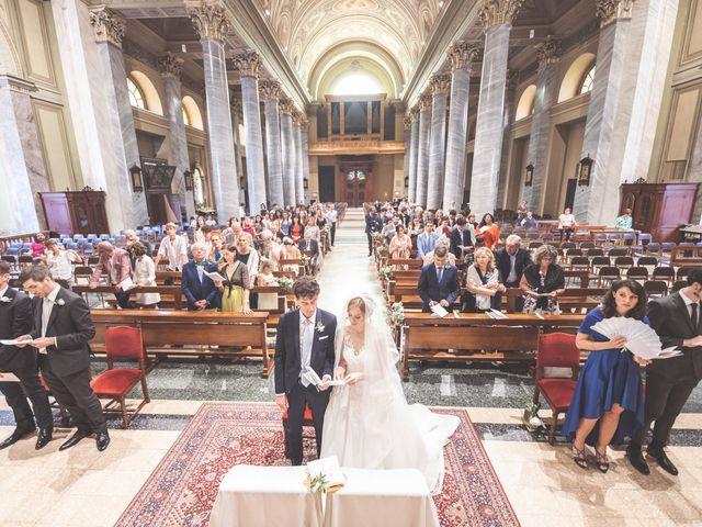 Il matrimonio di Massi e Elena a Brugherio, Monza e Brianza 34
