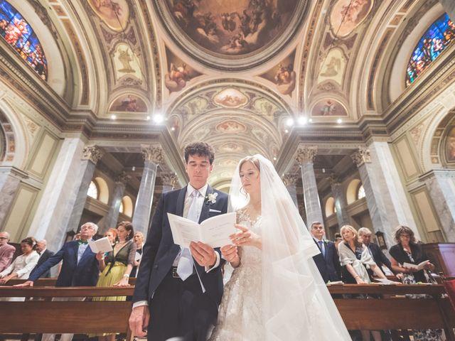 Il matrimonio di Massi e Elena a Brugherio, Monza e Brianza 36