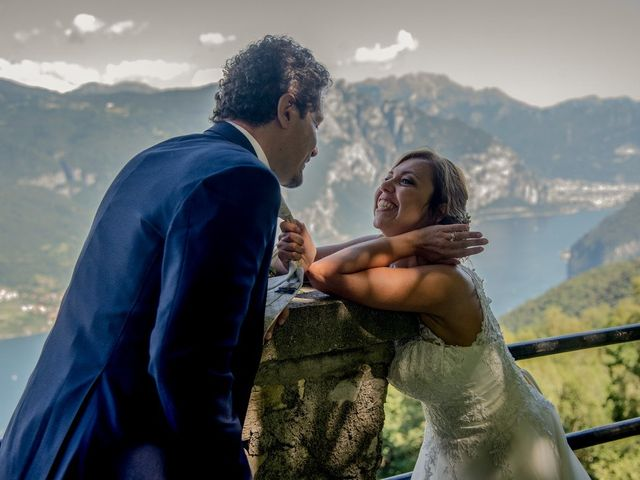 Il matrimonio di Nicola e Michela a Barni, Como 11