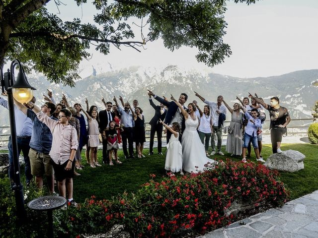 Il matrimonio di Nicola e Michela a Barni, Como 27