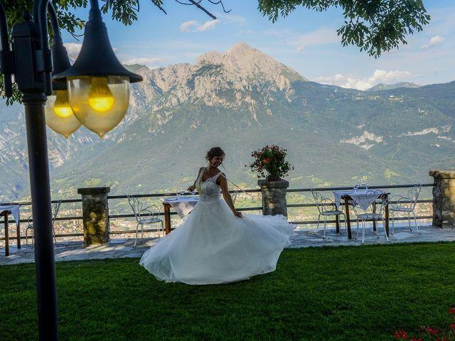 Il matrimonio di Nicola e Michela a Barni, Como 28