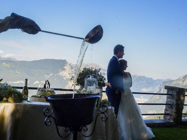 Il matrimonio di Nicola e Michela a Barni, Como 33
