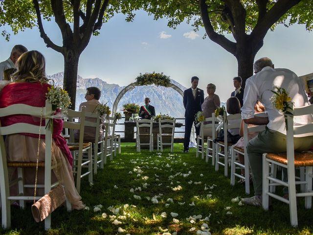 Il matrimonio di Nicola e Michela a Barni, Como 54