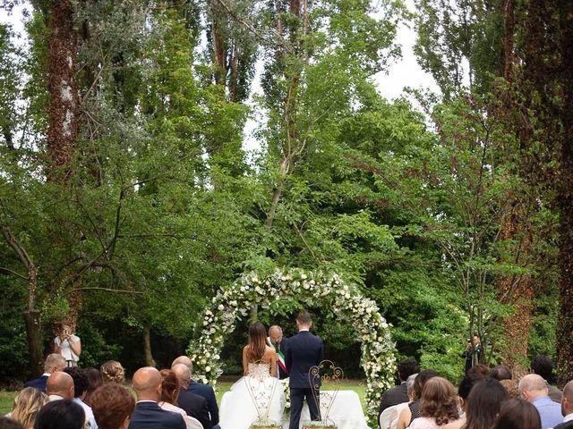 Il matrimonio di Ale e Ari a Gussola, Cremona 25