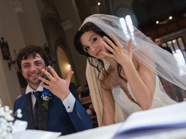 Il matrimonio di Marco e Chiara a Porto San Giorgio, Fermo 13