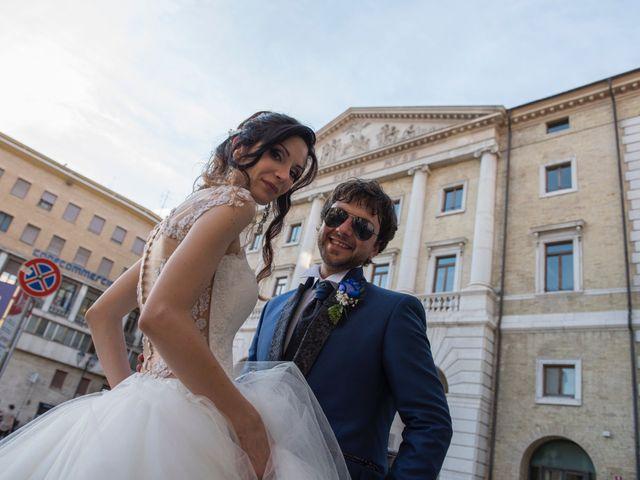 Il matrimonio di Marco e Chiara a Porto San Giorgio, Fermo 16
