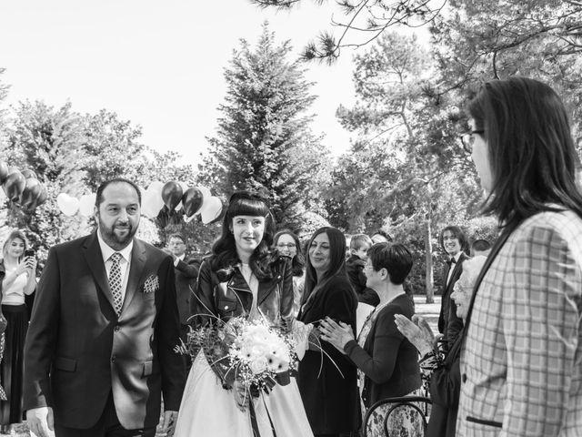 Il matrimonio di Alberto e Lucrezia a Inveruno, Milano 14