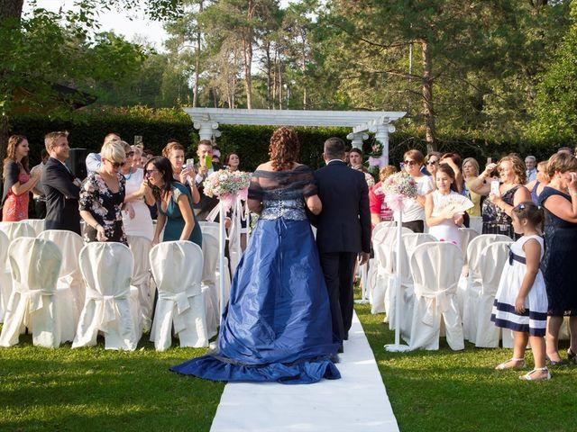 Il matrimonio di Andrea e Teresa a Limido Comasco, Como 14