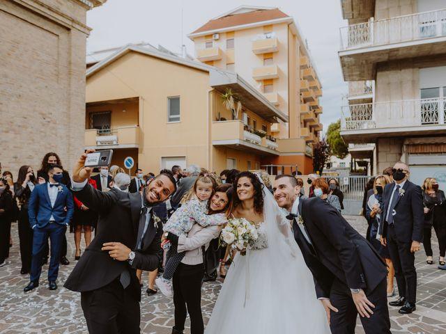 Il matrimonio di Alessandro e Eva a Montesilvano, Pescara 97