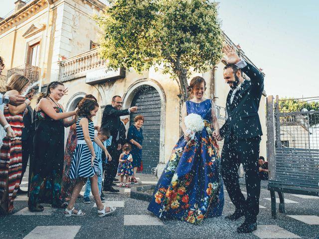 Il matrimonio di Roberto e Tiziana a Sant'Alfio, Catania 11