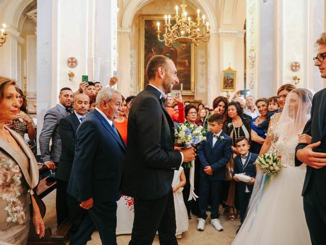 Il matrimonio di Valentina e Salvatore a Ragusa, Ragusa 32