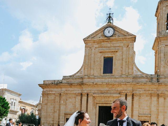 Il matrimonio di Valentina e Salvatore a Ragusa, Ragusa 49