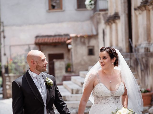Il matrimonio di Giovanni e Laura a Sermoneta, Latina 86