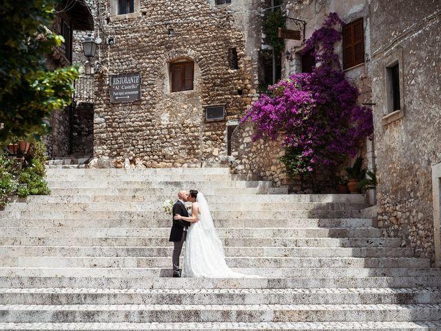 Il matrimonio di Giovanni e Laura a Sermoneta, Latina 98
